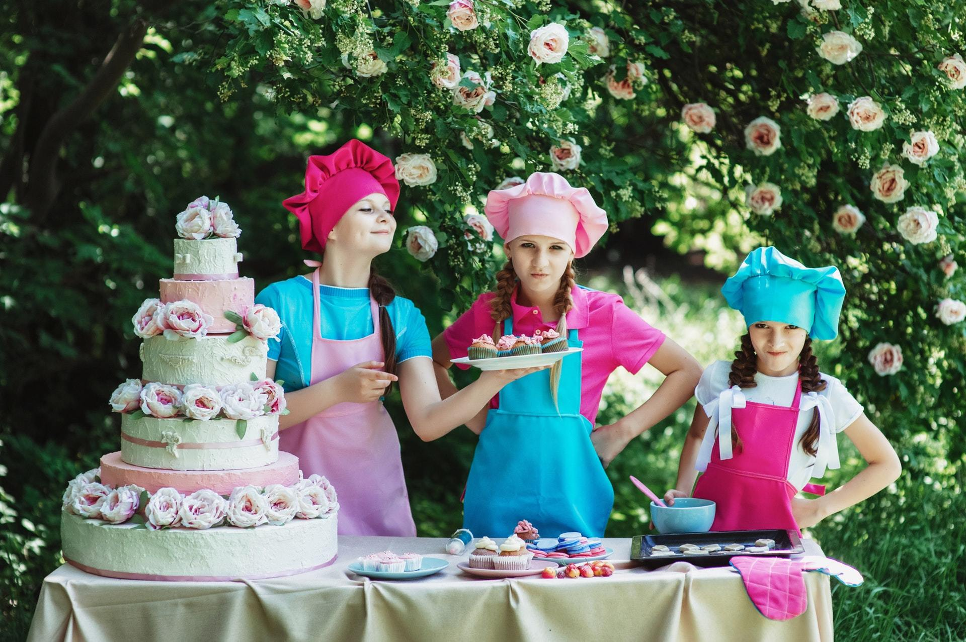 bakers-cake-children-34701 (1).jpg
